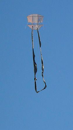 1-Skewer Dopero Kite