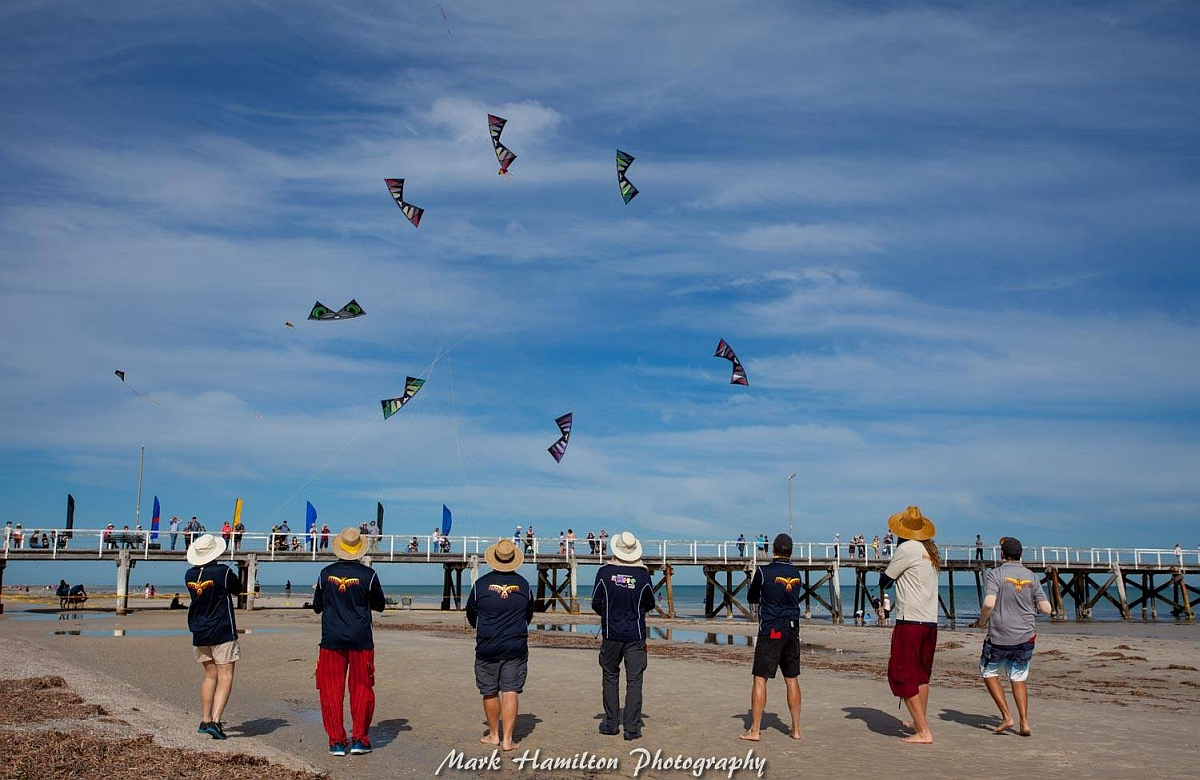 The Phoenix Kite Collective in action.