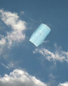 Try some different kite flying fun with a huge hard-pulling Sled!