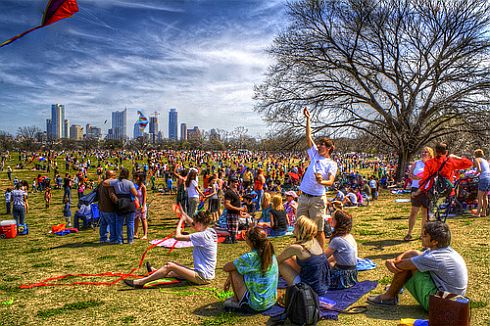 A beautiful composition in this photo of kite flying in Zilker Park.