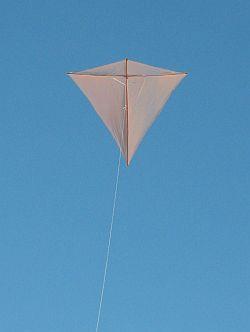 The Dowel Diamond kite in flight.