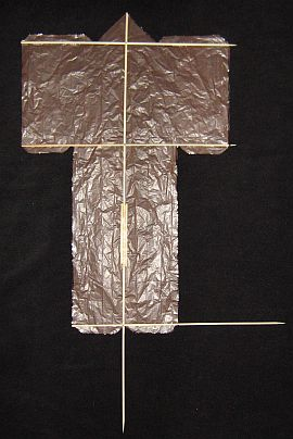 The 1-Skewer Sode - spars laid out on sail