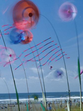 Wind art - spinners on poles