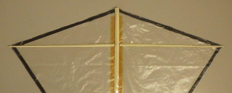 Making the Indoor Diamond kite - Step 4d