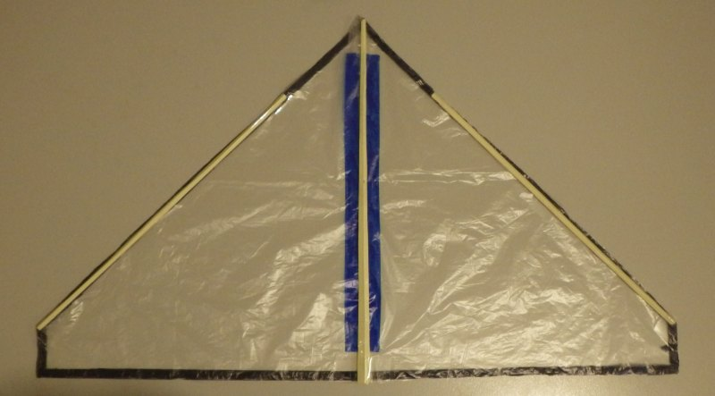 Making the Indoor Delta kite - Step 4e