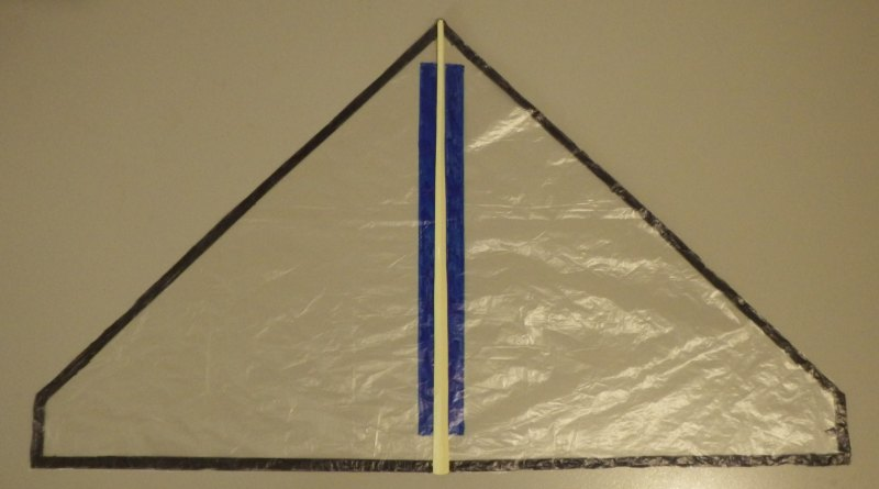 Making the Indoor Delta kite - Step 4a