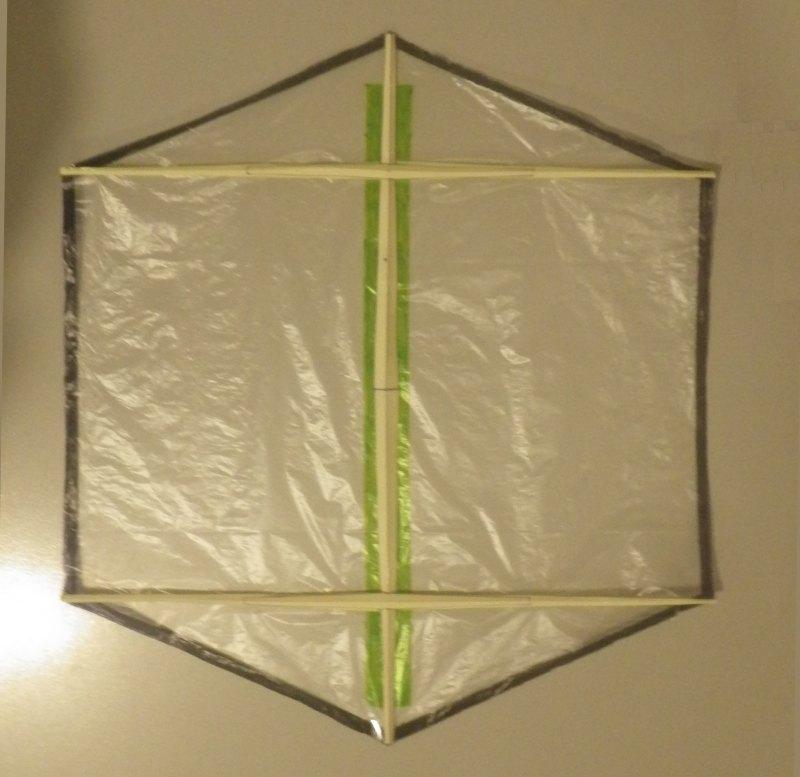 Making the Indoor Rokkaku kite - Step 5c