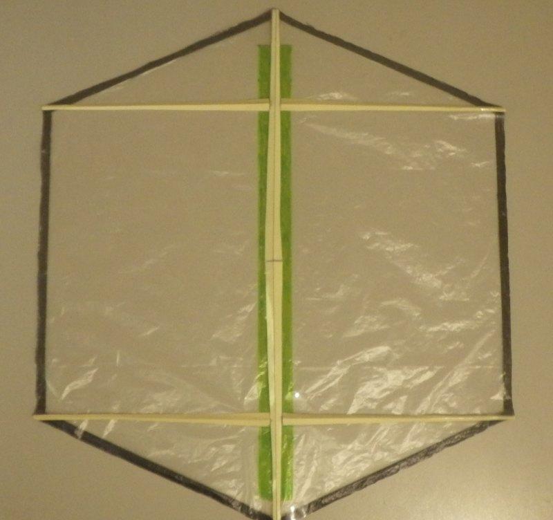 Making the Indoor Rokkaku kite - Step 4f