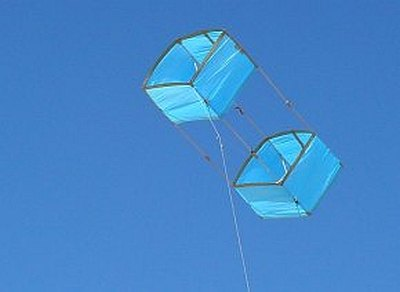 The large MBK Multi-Dowel Box kite in flight.