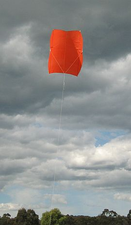 Simple Sled kite - down low before the huge climb.