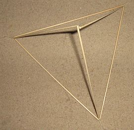Making tetrahedral kites - step 5