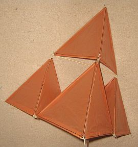 making tetrahedral kites step by step mbk 4 cell skewer tetra