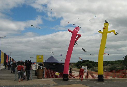 Adelaide Kite Festival 2011 -  dancing tube men