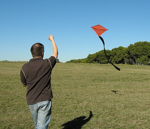 Flying the original 2-Skewer Diamond kite on a perfect day for it.
