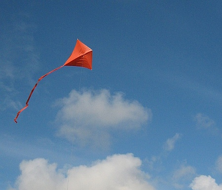 The MBK Simple Diamond kite in flight on a perfect day.
