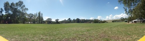 Panoramic shot of the locale from the kite-flier's perspective.