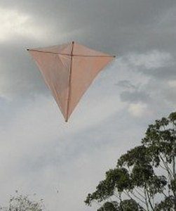 The MBK Dowel Diamond kite in flight.