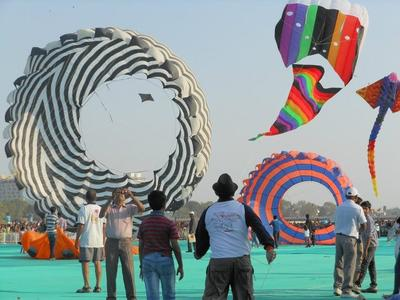 Large Ring Kites