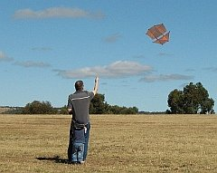 Tim flying the 2-Skewer Dopero kite.