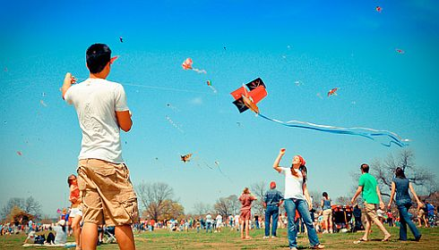 A biplane kite takes to the sky.